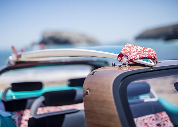 600x430-Citroen-Cactus-M-surf